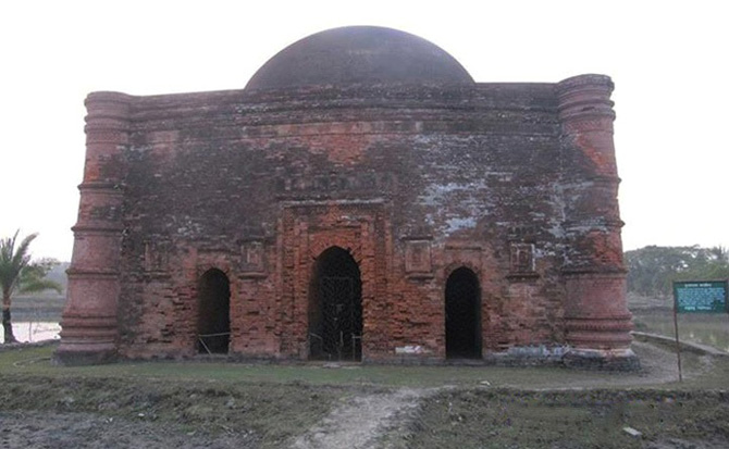 চুনাখোলা এক গুম্বজ মসজিদ, বাগেরহাট।